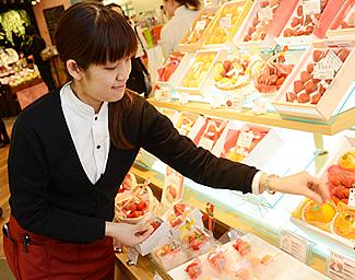 横浜水信 横浜ジョイナス本店 店内イメージ02