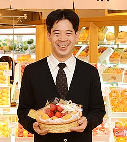 横浜ジョイナス店 店長の写真
